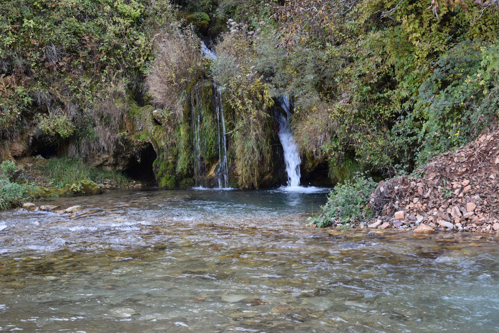 Kjo bukuri në lumin Seta rrezikon të shkatërrohet me ndërtimin e hecit SETA 4. Foto: Geri Emiri