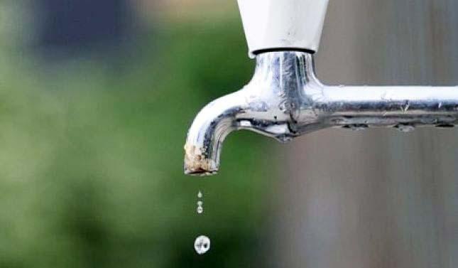Enti Rregullator i Ujit kundër rritjes së çmimit të ujit