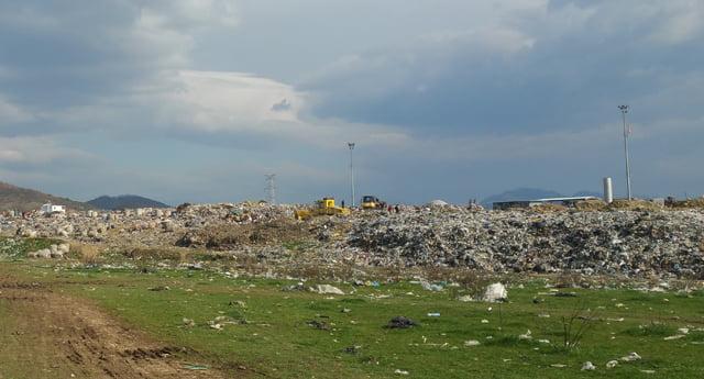 Inceneratori i Elbasanit, banorët ankohen për aromat e rënda që çlirohen prej tij