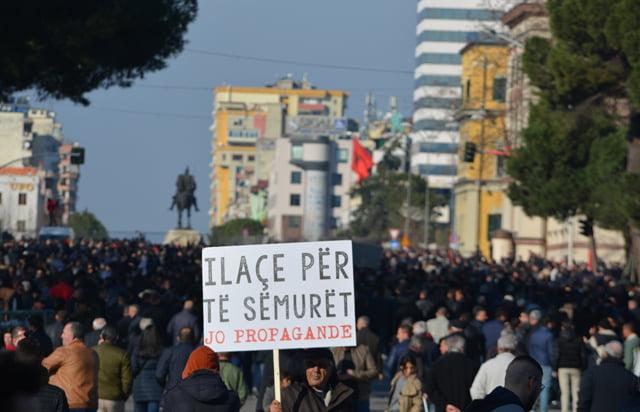 Protesta e opozitës në objektivin e Citizens Channel