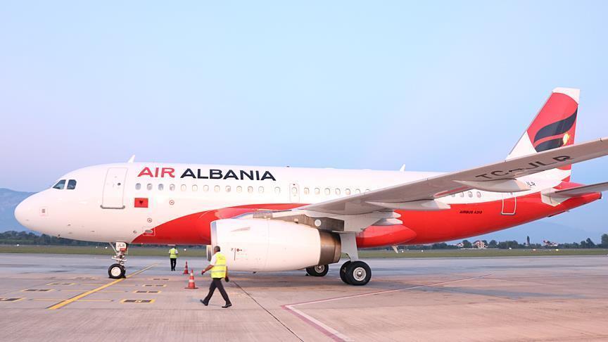 """Çmimet e kripura të """"Air Albania"""", kompania që marketohet nën logon e """"Turkish Airlines"""""""